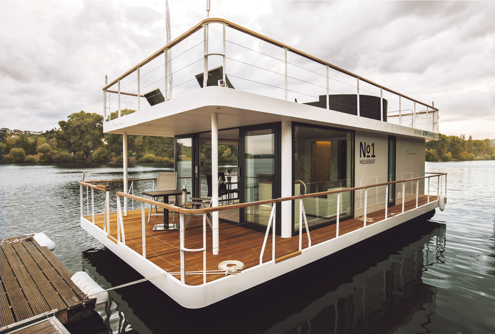 Incredible Tiny Homes No1 Houseboat Home